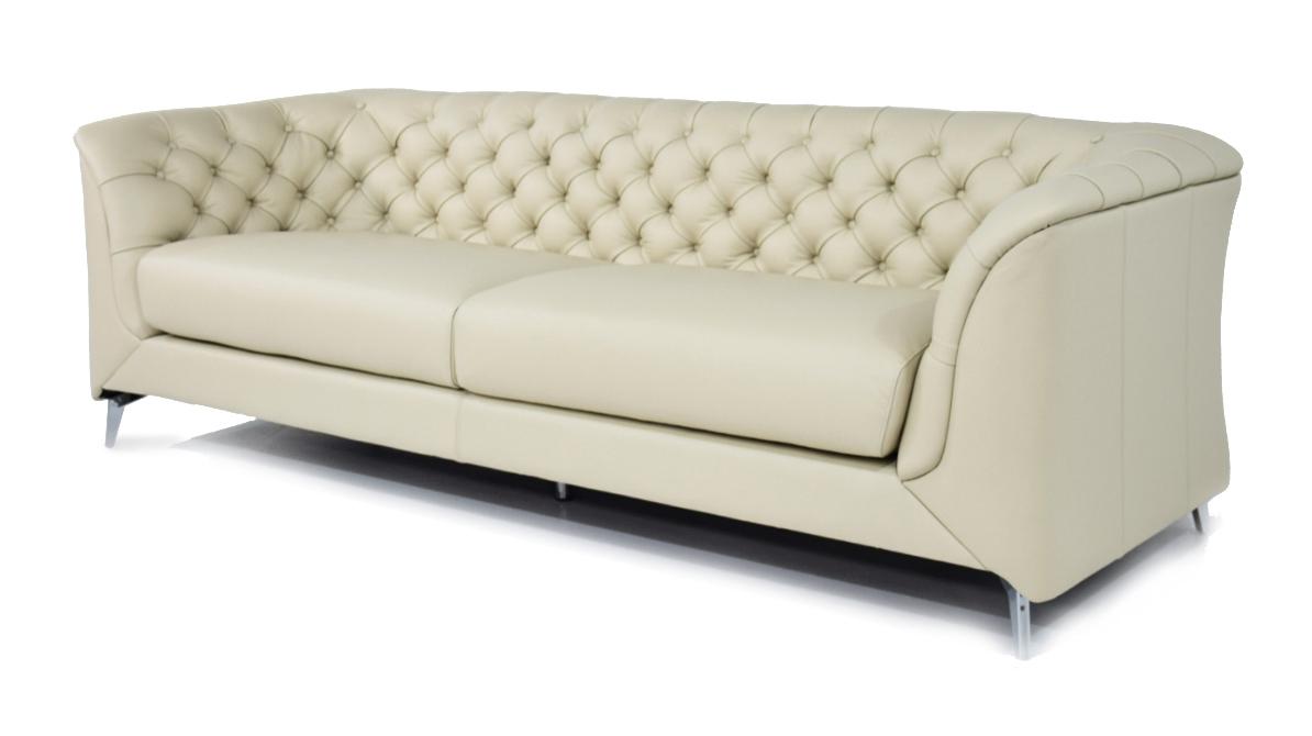 ALYSSA - Divano moderno tipo Chesterfield 4 posti in pelle di colore bianco perla e piedi in metallo cromo