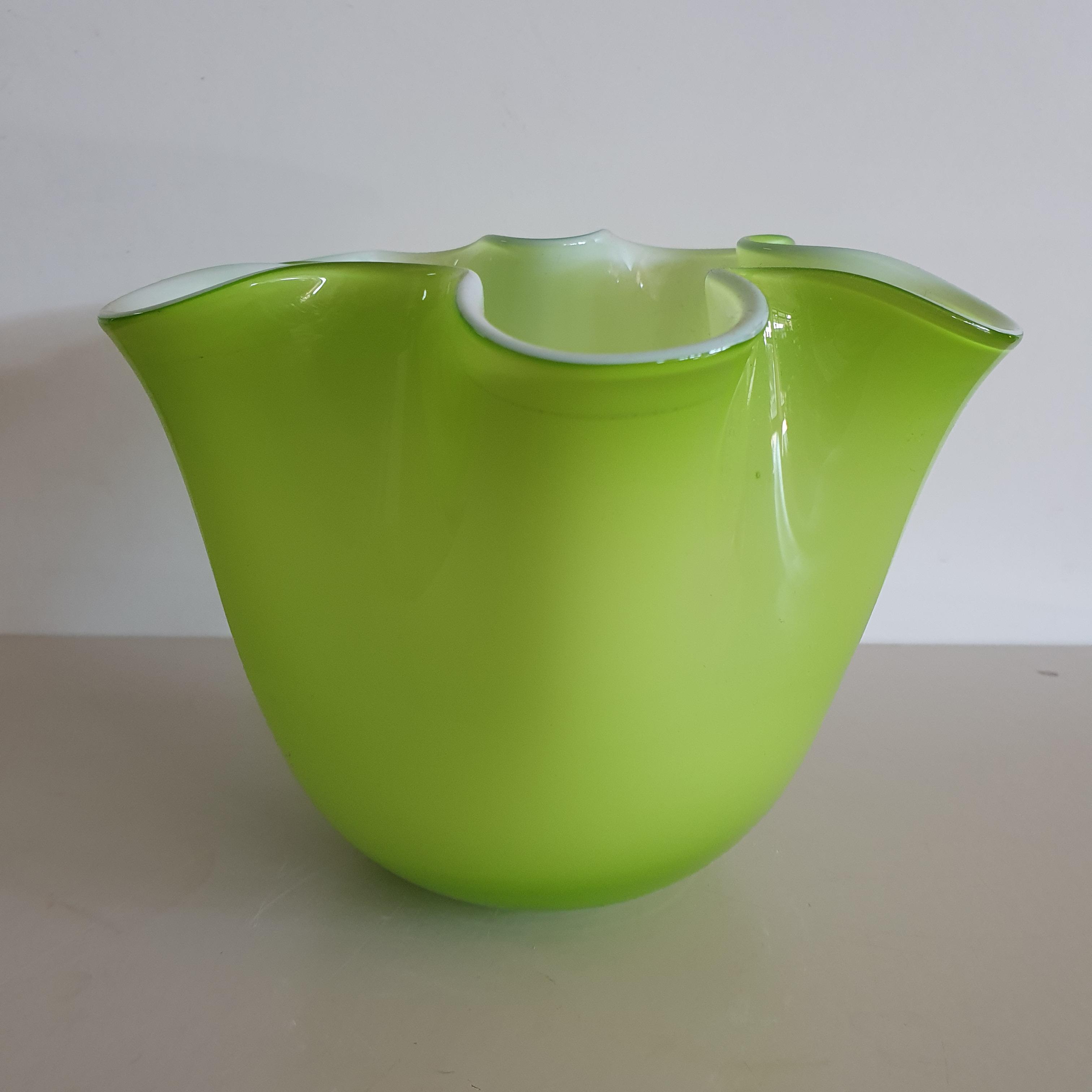 Vaso vetro Edg fazzoletto verde chiaro medio