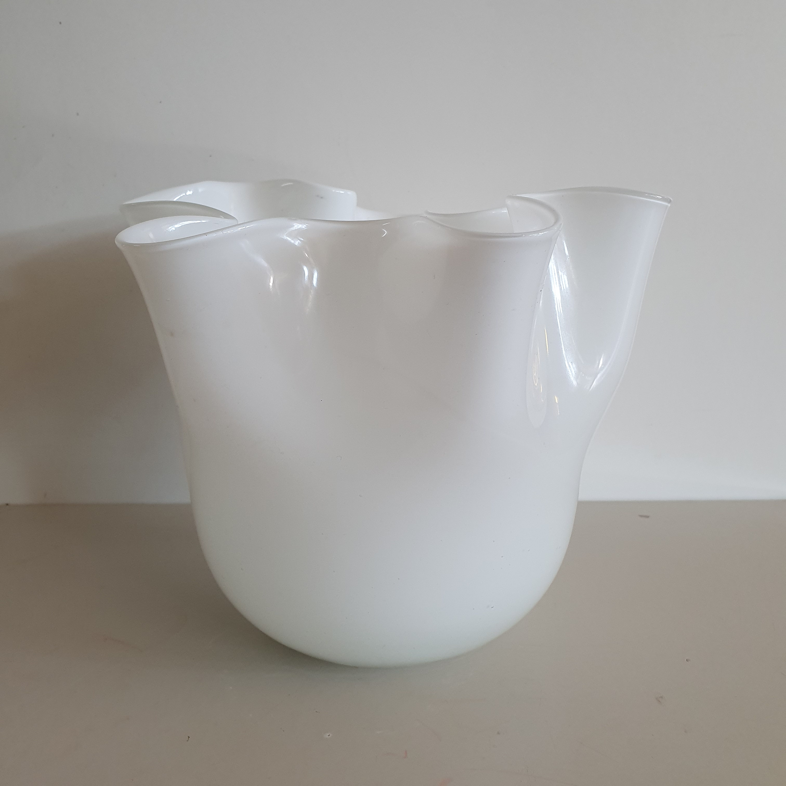 Vaso vetro fazzoletto bianco medio
