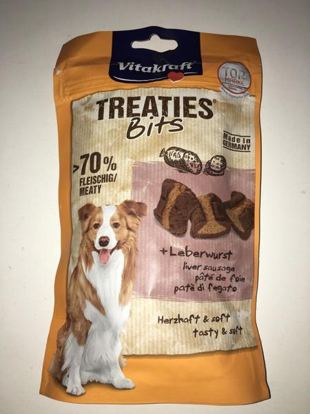 vitakraft Treaties Bits SUPERFOOD pollo e bacche di sambuco