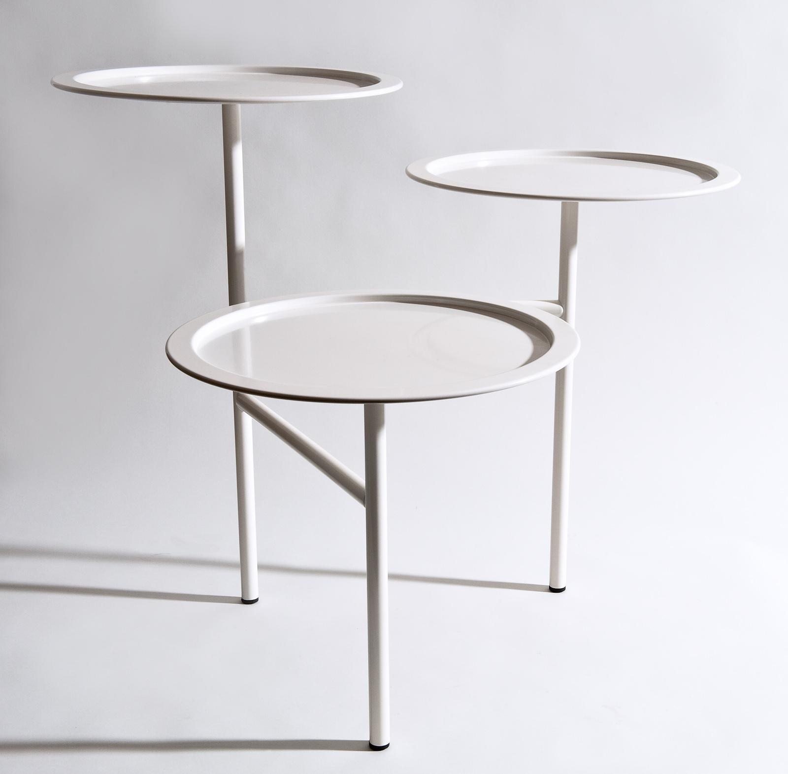 Tavolino in acciaio bianco Calder, Driade
