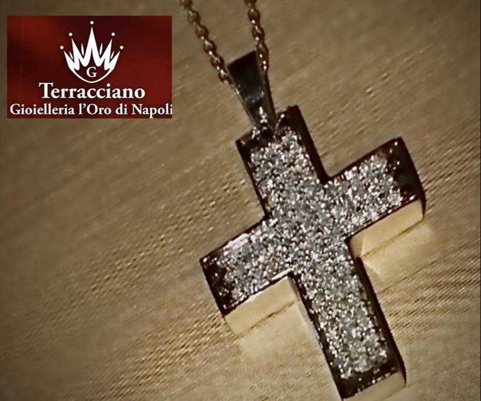 Croce in Oro Bianco e Diamanti Naturali
