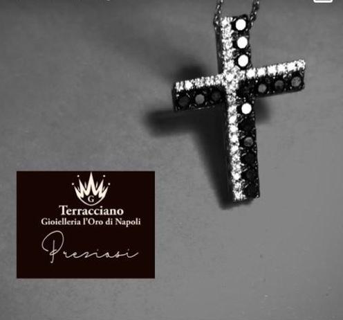 Croce con Catenina In Oro Bianco
