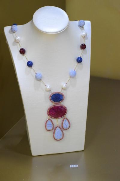 Sikè Jewels: collana in argento con lapislazzuli, perle , agata