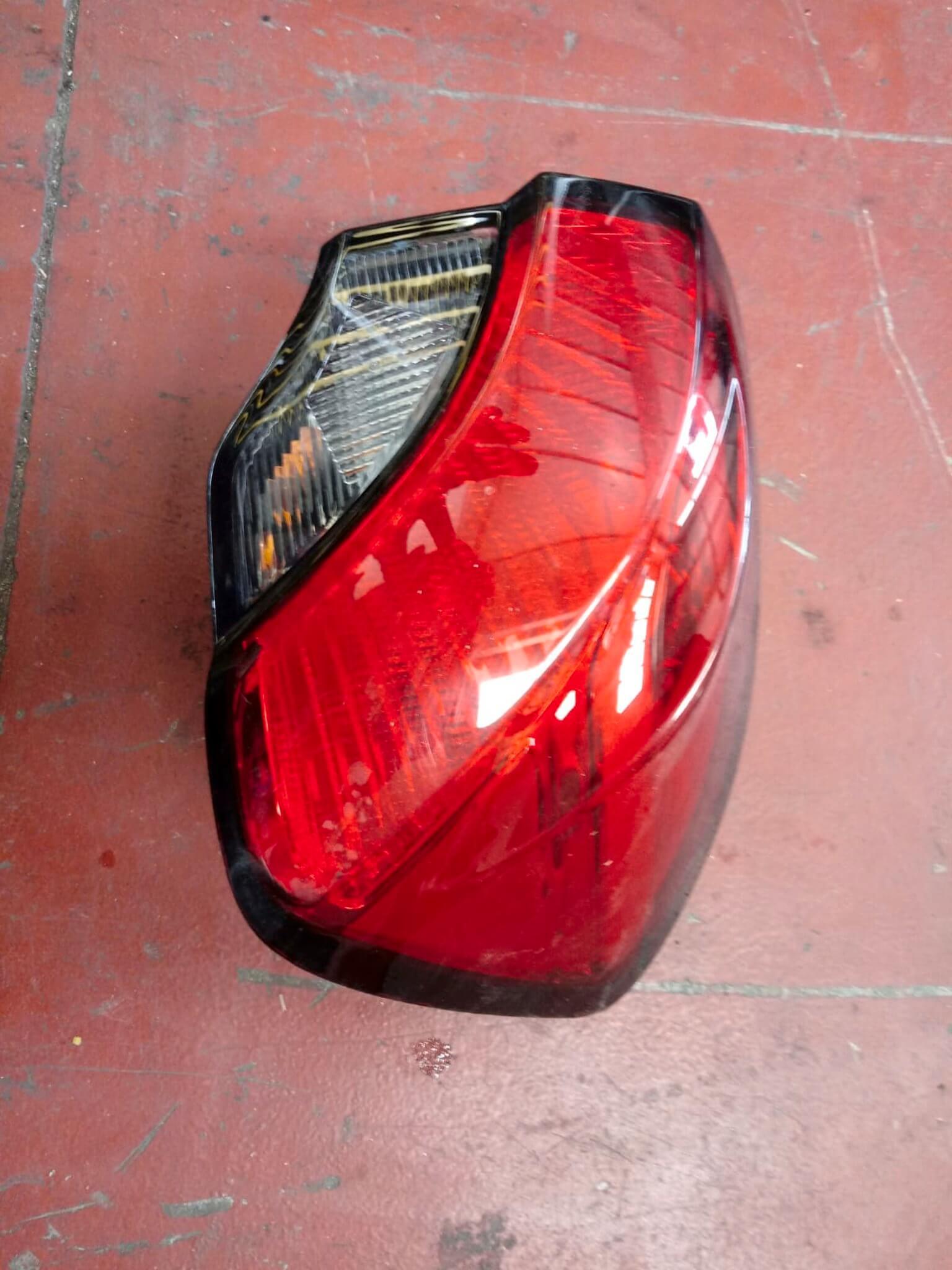 Fanale est. dx usato Fiat Tipo 520159610E