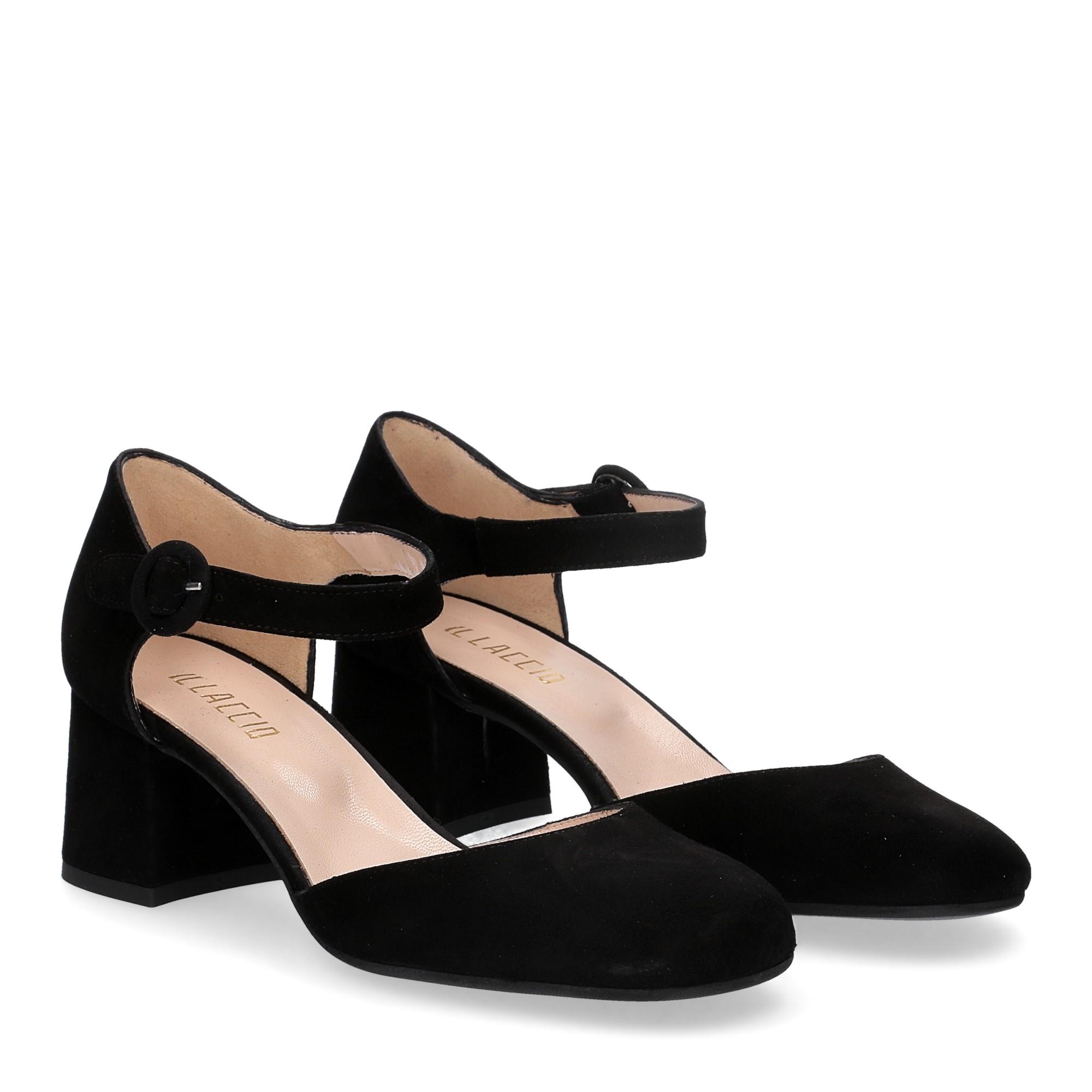 Il laccio sandaliera camoscio nero