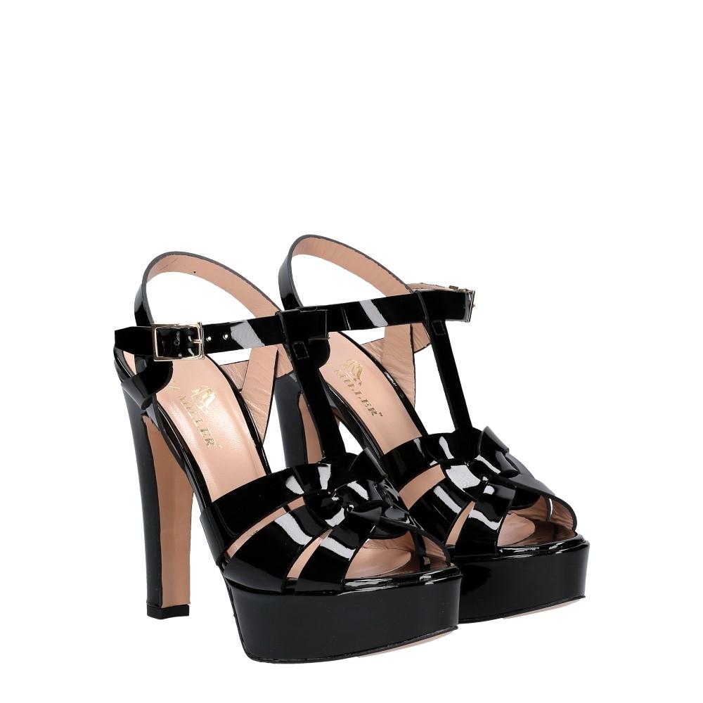 Vera Miller sandalo vernice nera