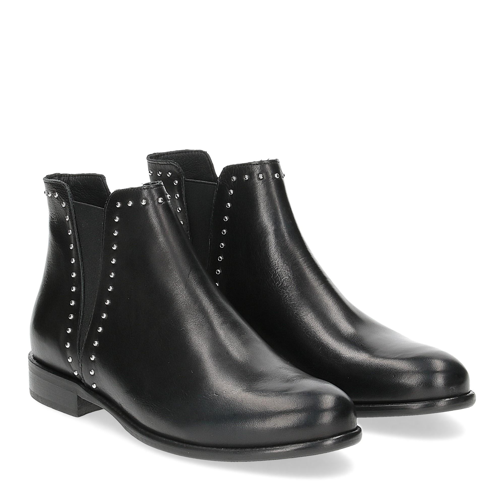 Il Laccio Beatles 518-ST1B pelle nera borchie