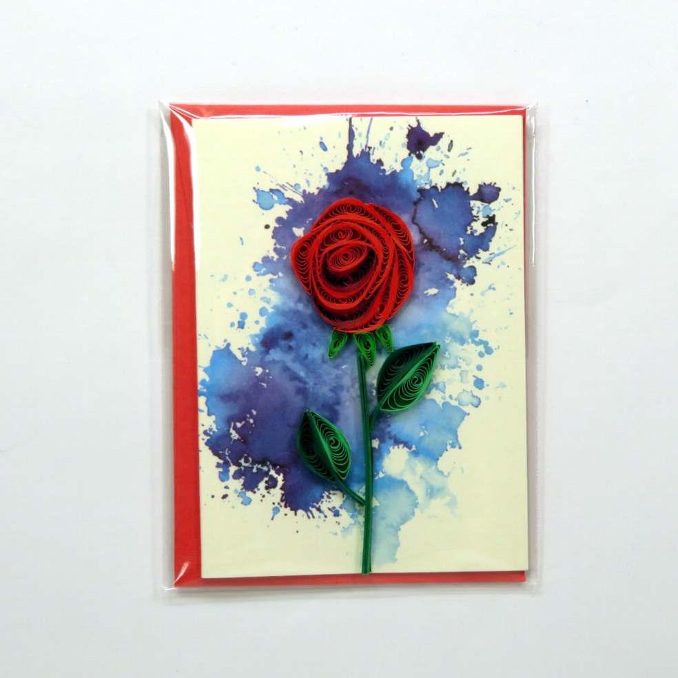 Mini biglietto augurale rosa rossa in filigrana di carta