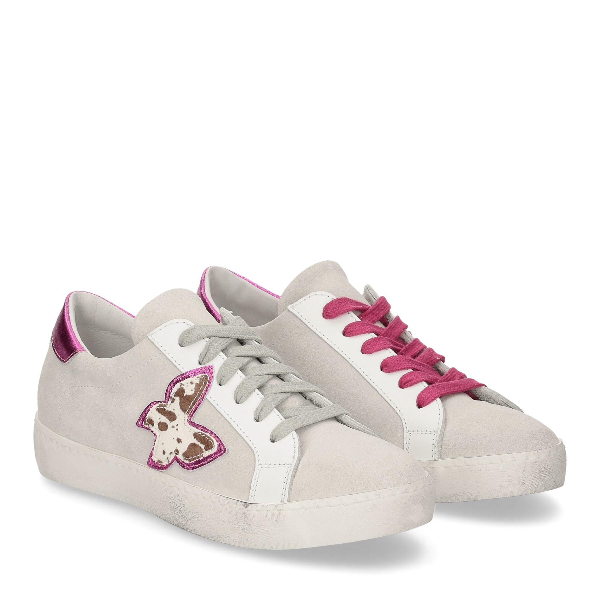 Il laccio sneaker velour