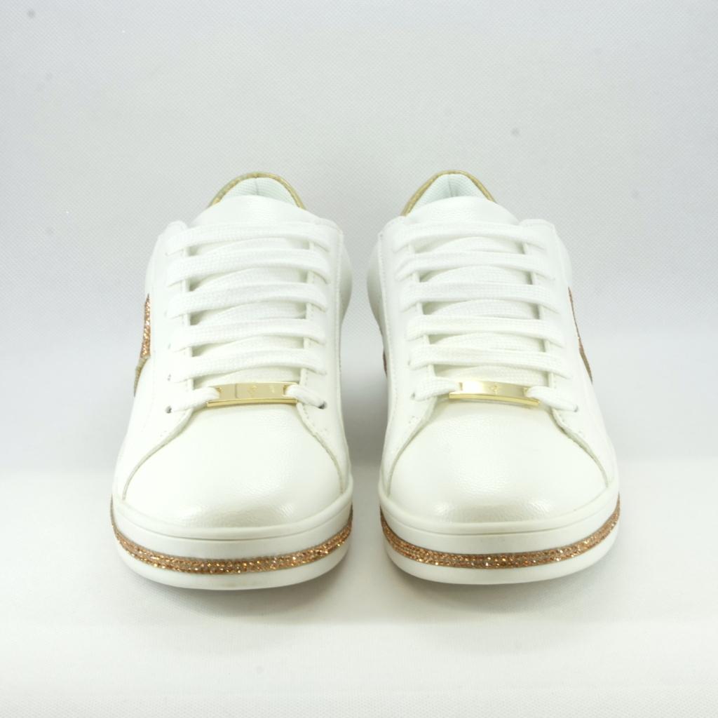 Sneakers sposa con dettagli strass rame.