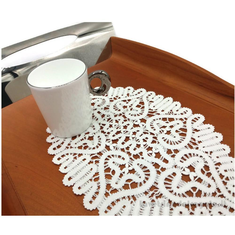 Centrino bianco ovale a tombolo - Handmade - Italy