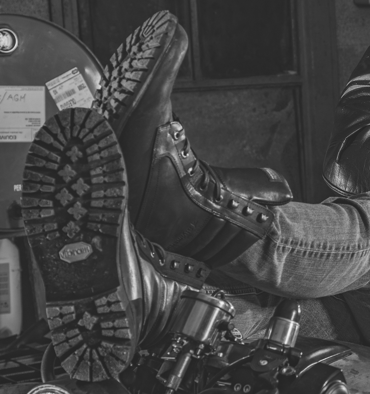 How to: buy motorcycle boots.