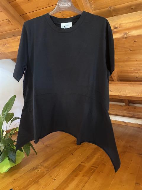 Tshirt Vicolo lunghezza asimmetrica