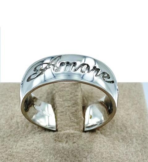 Anello stile prezioso amore in argento e rubini
