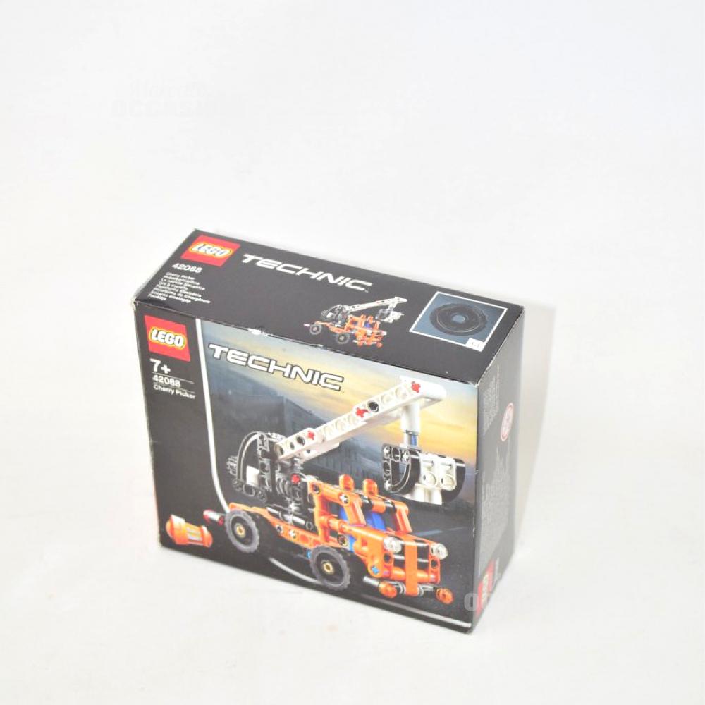 Gioco Lego 42088 Technic Camion Arancione