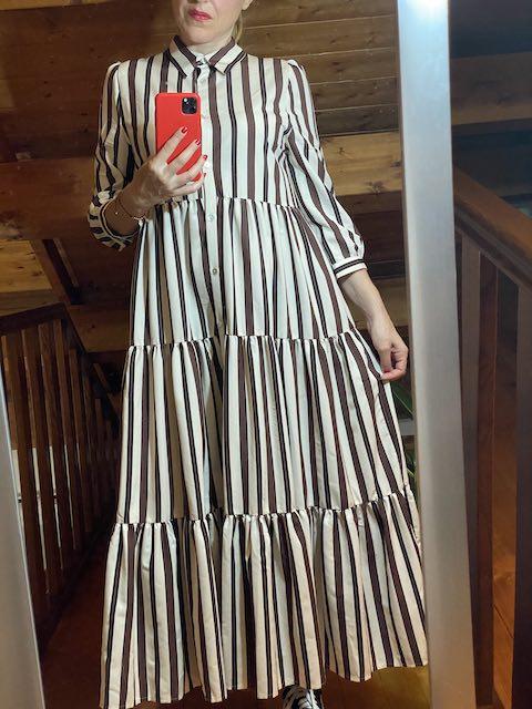 Vestito Lungo modello chemisier con balze fantasia righe Vicolo