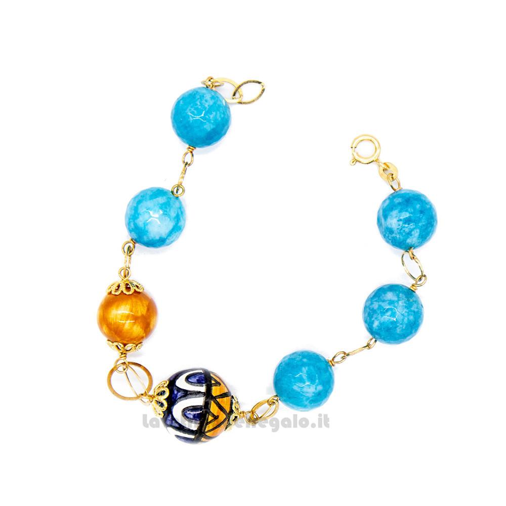 Bracciale con agata azzurra e sfere in ceramica di Caltagirone - Gioielli Siciliani