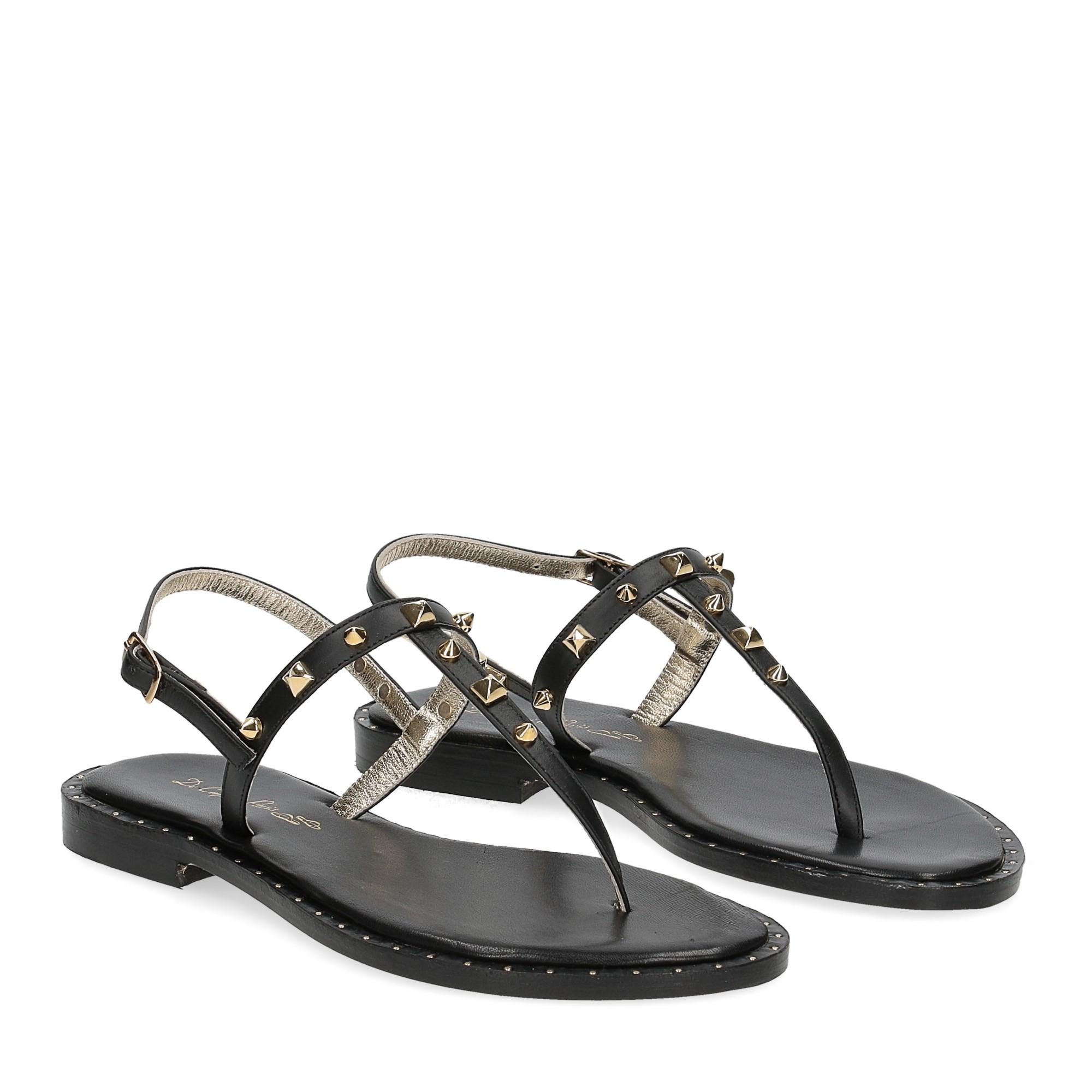 De Capri a Paris sandalo infradito borchie pelle nera
