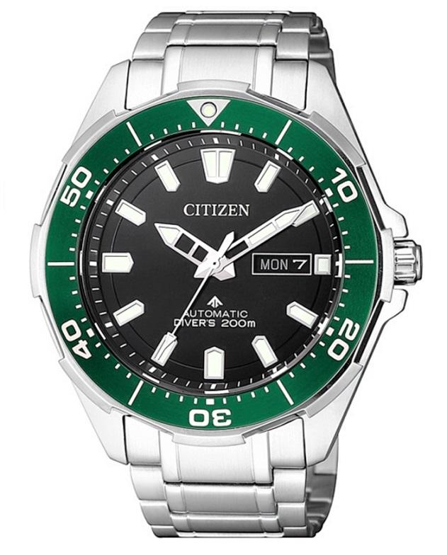 Citizen Diver's Supertitanio automatico, lunetta verde quadrante nero