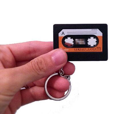 Portachiavi audio cassetta, ma è un ottimo alleato contro la mancanza di memoria