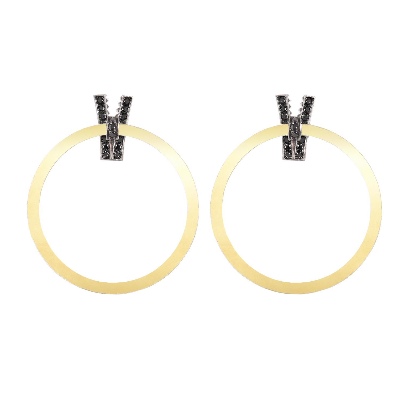 Orecchini in oro giallo pallido e diamanti neri