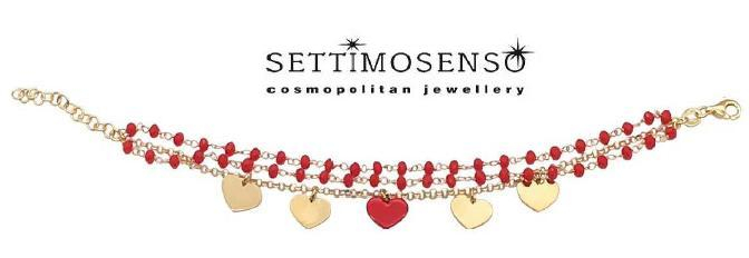 Elegante bracciale in argento dorato con pietra rossa e  ciondoli a  cuore