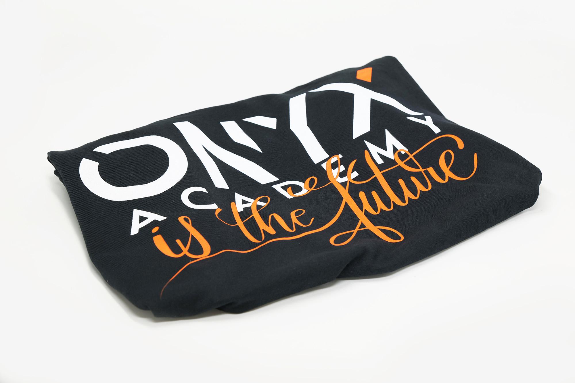 Maglietta - OnyxAcademy is the Future - taglia L