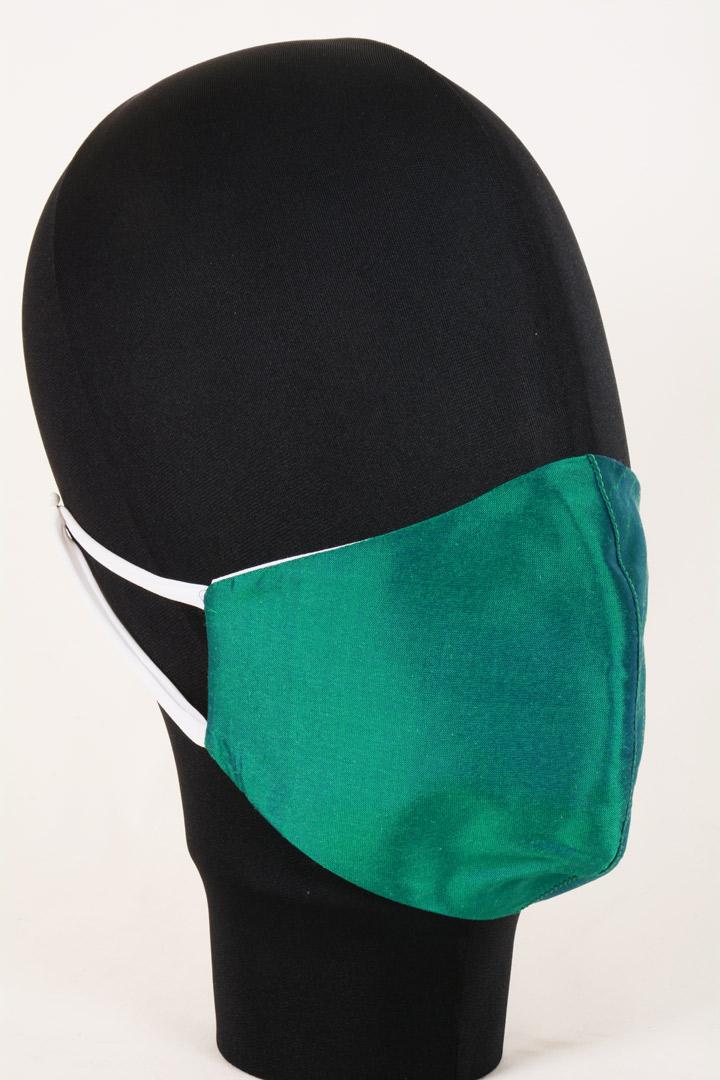 Mascherina in Tessuto di Seta Verde Lavabile