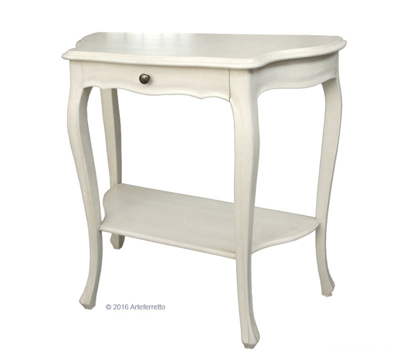 Lacquered console table in classic style