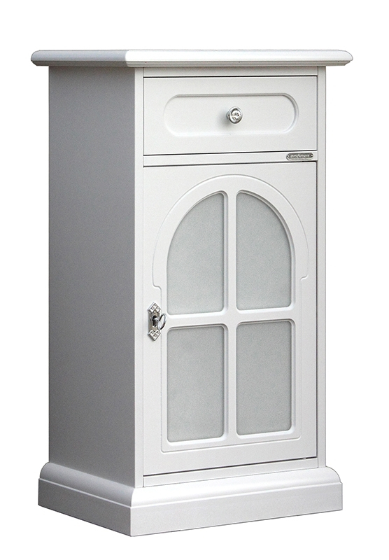 Small unit for entryway