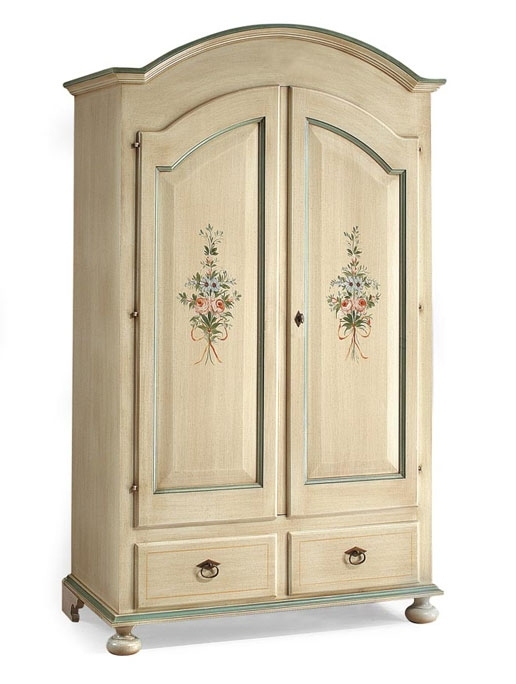 Lacquered wardrobe with flowers