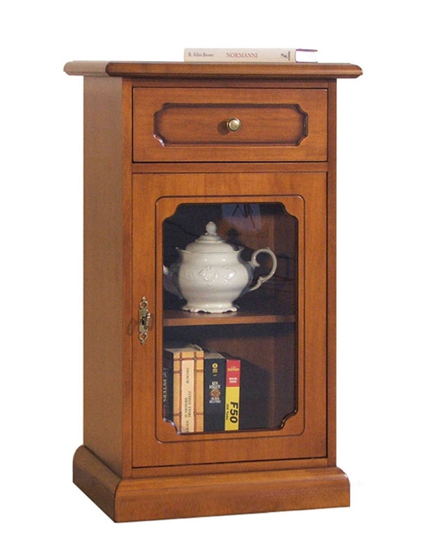 Small display cabinet in wood for entryway