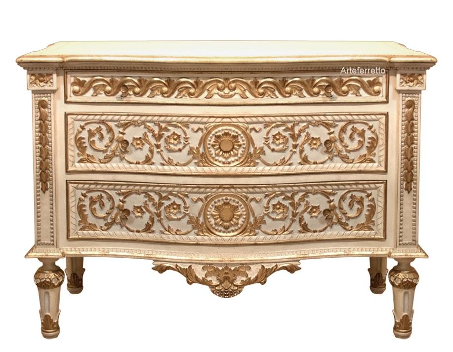 Carved dresser in wood, Louis XVI