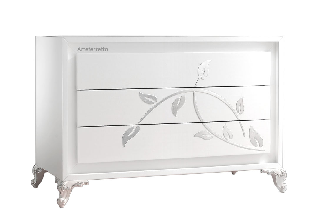 White dresser 3 drawers silver decorations