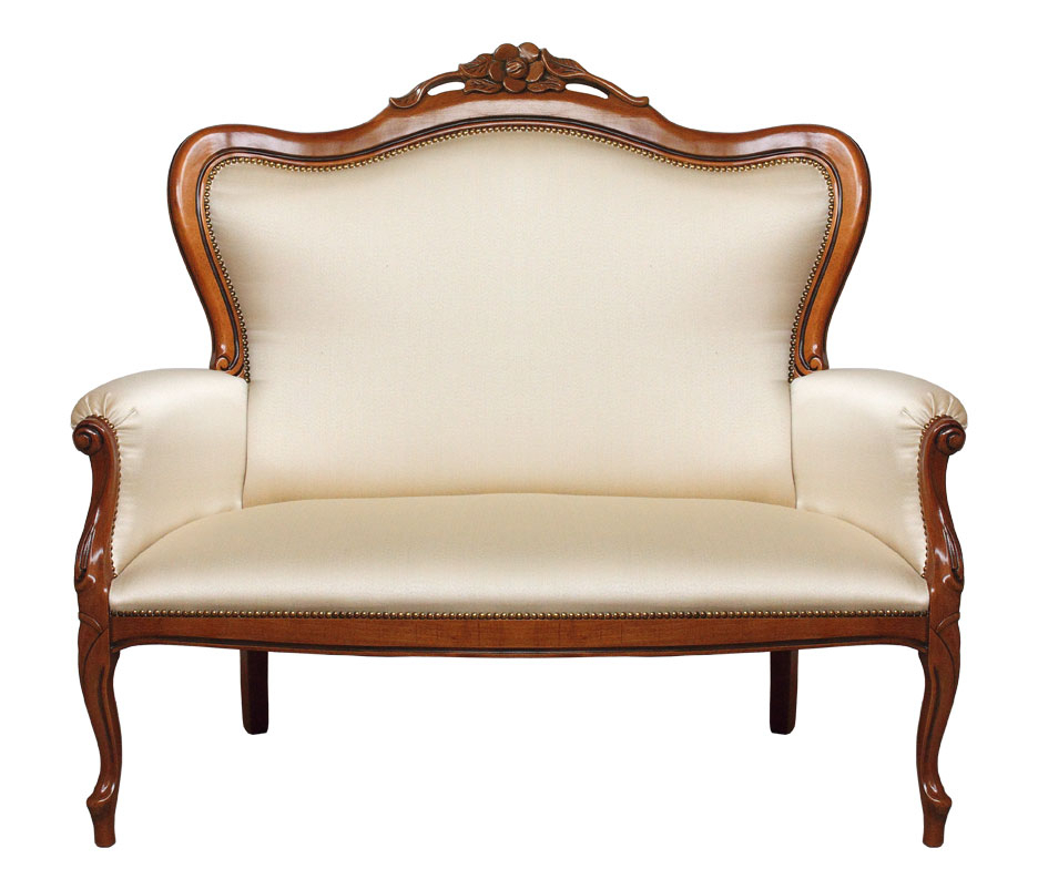 2 Seater couch in traditional style