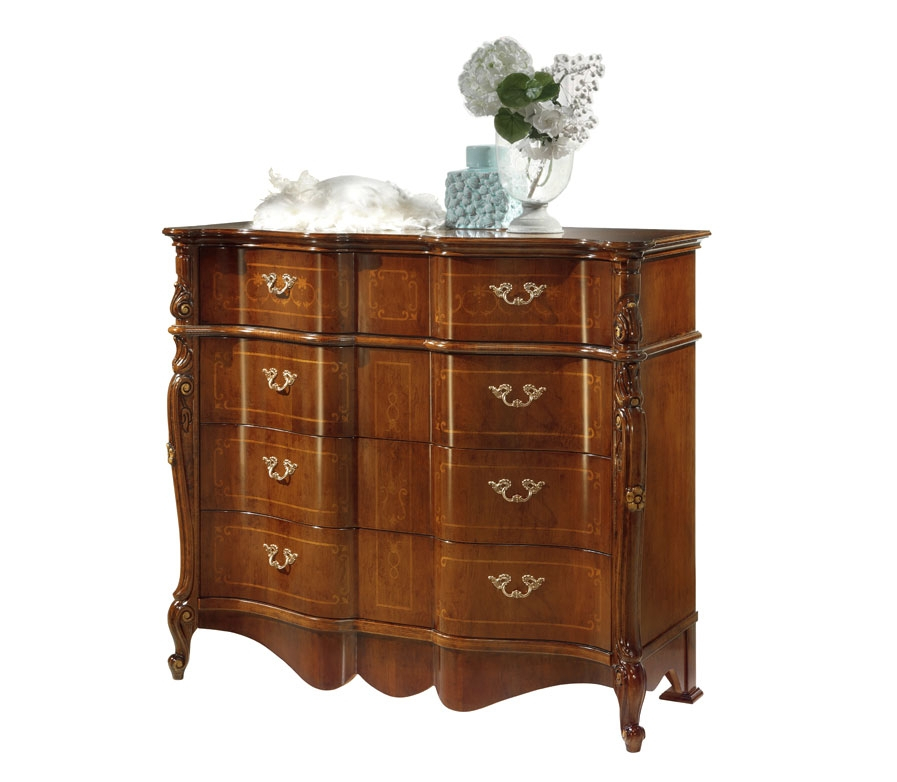 Classic dresser in wood