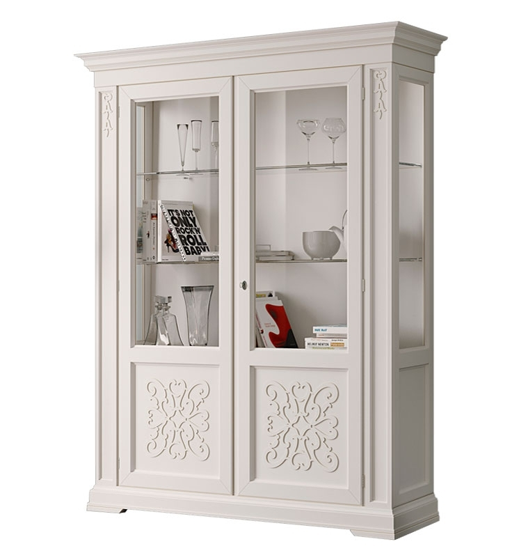 Display cabinet with wood friezes