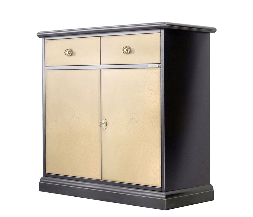 Two tone cupboard for dining room, Riace collection