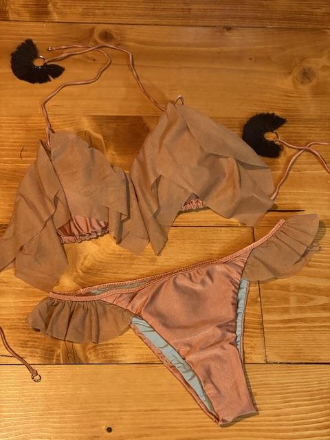 Bikini triangolo  e slip brasiliano volant Quiet Effek