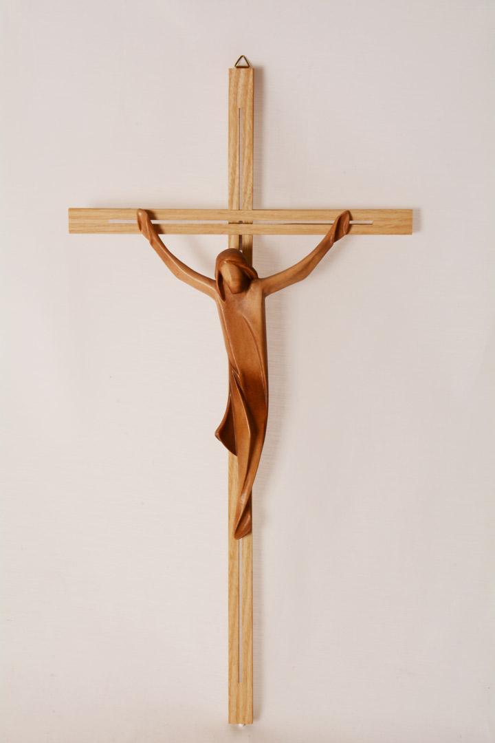 Crocefisso in legno patinato