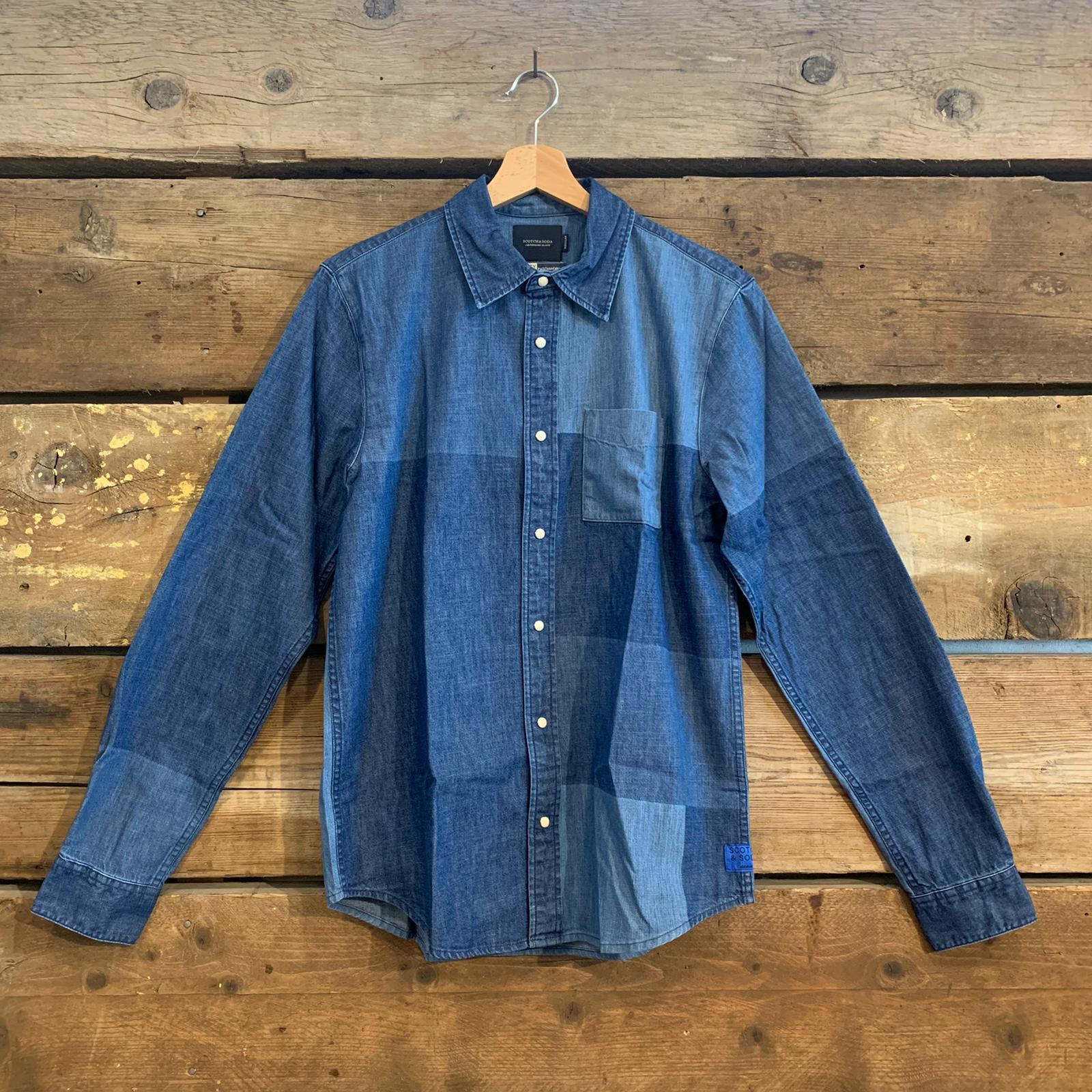 Camicia Scotch & Soda in Jeans con Patchwork Blu