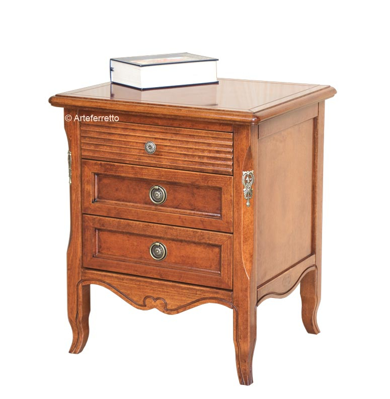 Table de chevet en bois massif 3 tiroirs