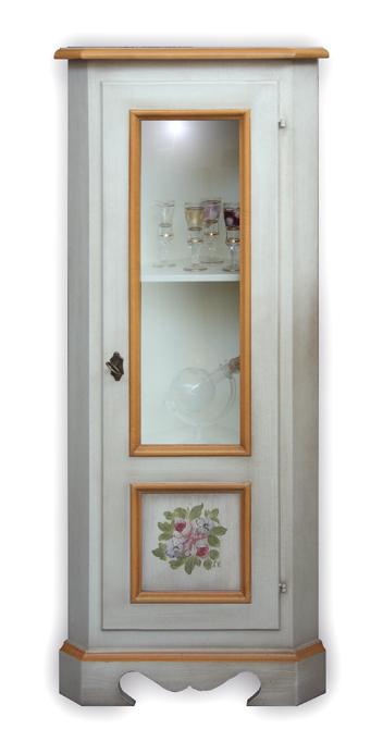 Eckschrank mit Glastür und dekorierter Tür