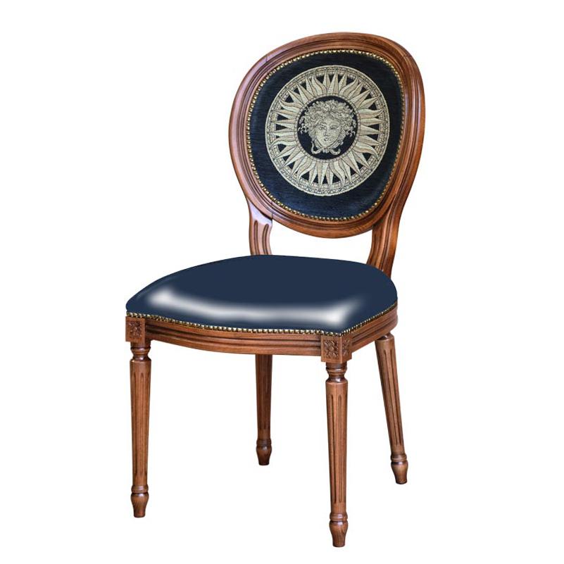 Klassischer Stuhl Versus Imperum