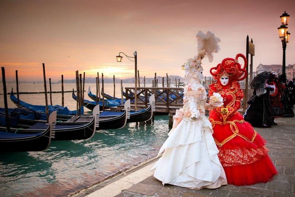 les masques typiques du carnaval de Venise