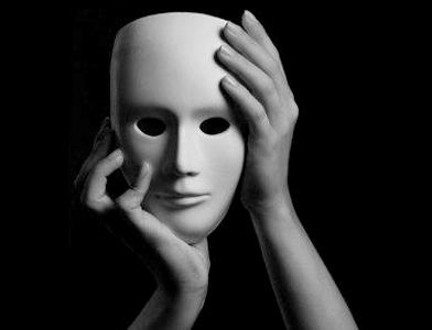 ohne Maske aufzutreten