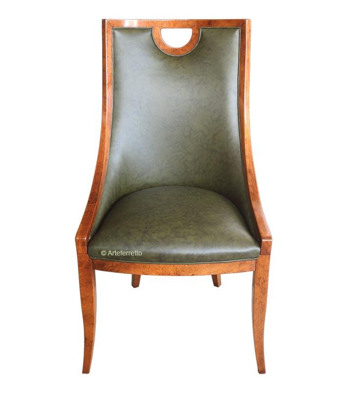 Chaise type crapaud vrai cuir, chaise en cuir, chaise crapaud vrai cuir, chaise bois massif et vrai cuir, chaise dossier haut