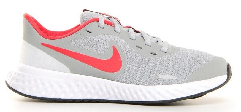 Nike Revolution 5 BQ5671-013  -9