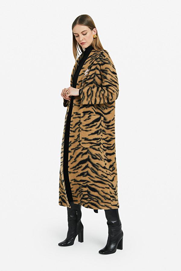 Maxi cappotto tigrato